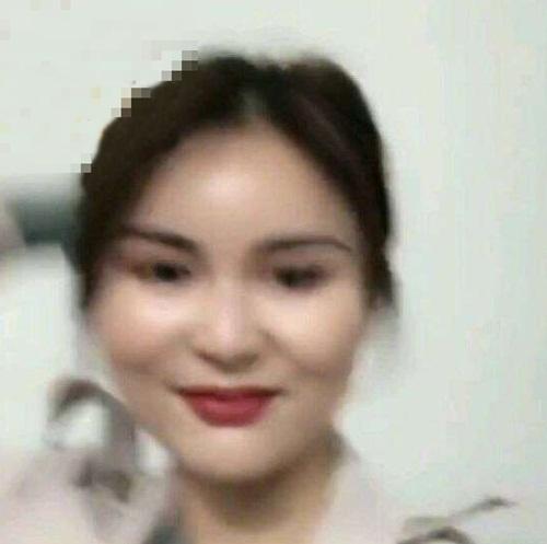 cô gái xinh đẹp qua mạng, gái xinh mất fan khi livestream lộ mặt thật