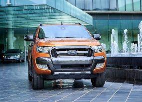 Ford Ranger Raptor thiết lập nên một chuẩn mực mới về khả năng, sức mạnh vận hành của một mẫu xe bán tải cỡ trung