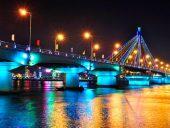 Thành phố Đà Nẵng không có thời gian quá nóng, nhiệt độ trung bình 28-30°C ở vào tháng 6, 7, 8.