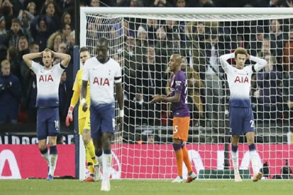 Tottenham khó thành công