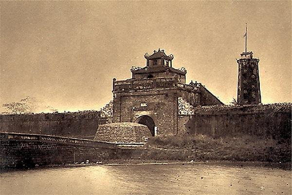 Công trình kiến trúc của Thành cổ Sơn Tây