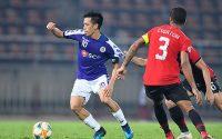 Văn Quyết cán mốc 100 bàn cho Hà Nội FC