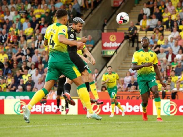 Thua Norwich, Pep Guardiola chỉ ra sai lầm của Man City