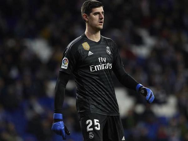 Courtois chê trách đồng đội sau trận hòa Athletic Bilbao