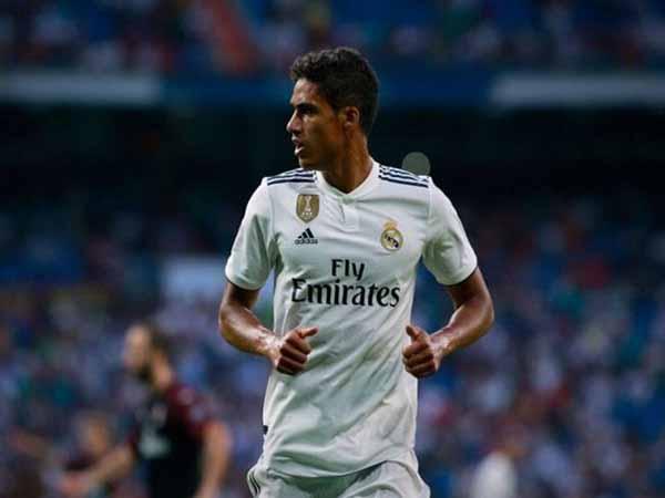 Tin Real Madrid 27/4: Gấp rút gia hạn với 'báu vật' Varane