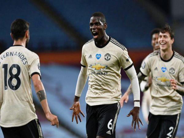 Dàn sao thăng hoa, Man United thắng Aston Villa 3-0