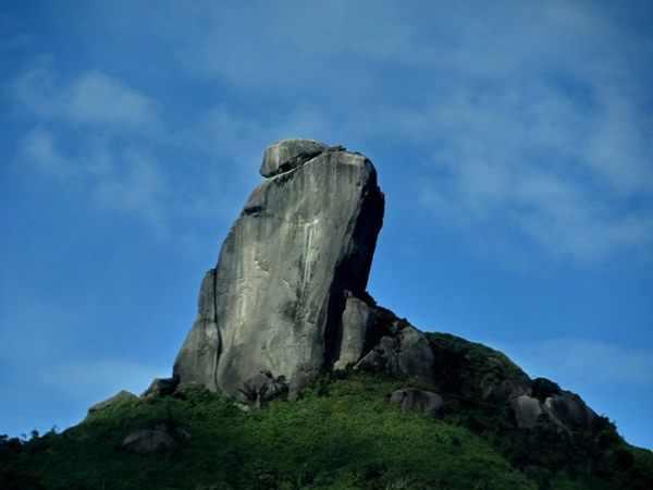 Mơ thấy tảng đá là điềm báo hung hay cát?