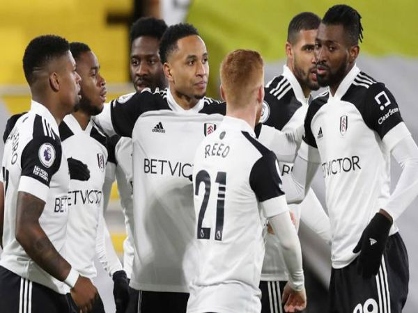 Soi kèo Fulham vs Leeds, 03h00 ngày 20/3 - Ngoại hạng Anh